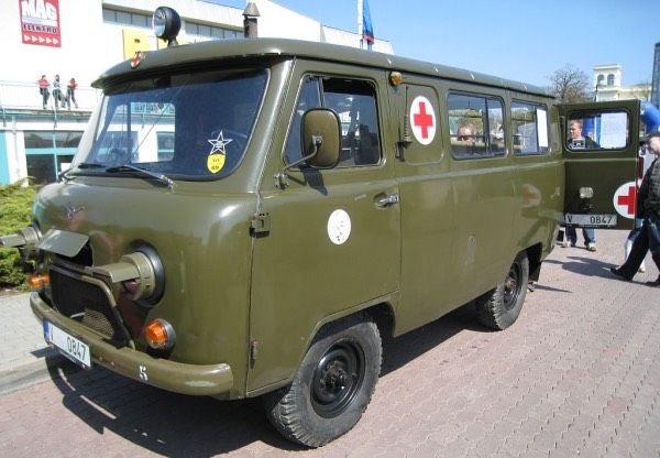 УАЗ-452 БУханка (фото)